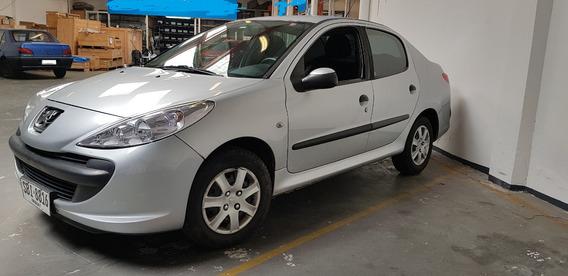 Peugeot 207 1.6 Sedan Xt