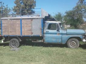 Chevrolet Apache Pick Up