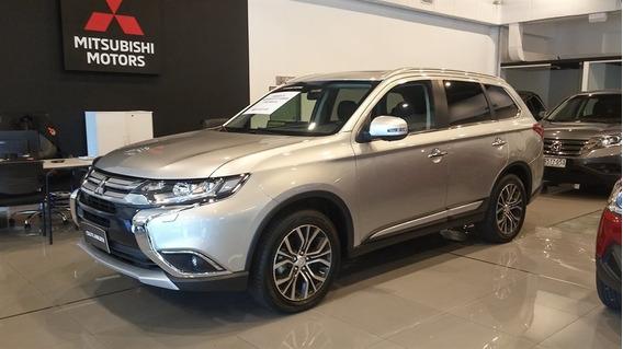 Mitsubishi Outlander 3.0 - 7 Pasajeros 4x4 2019 0km
