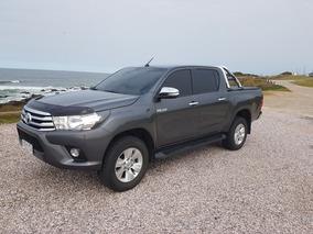 Toyota Hilux 2.7 Cd Srv Vvti 4x2 Cuero - B4 2016