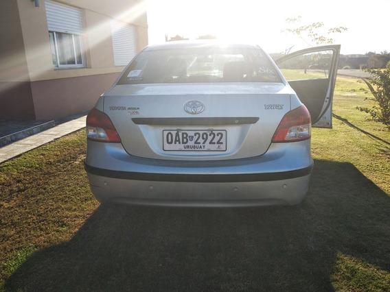 Toyota Yaris 1.5 Full 2009, 5 Puertas