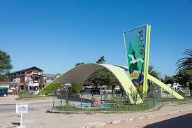 Excelente Residencia A 140 Metros Bajada A La Playa