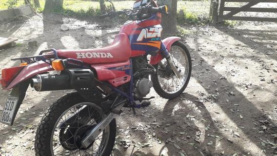 Honda Nx Xl