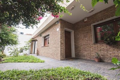 Dueño Vende Casa Excelente Estado En La Mejor Zona De Buceo.
