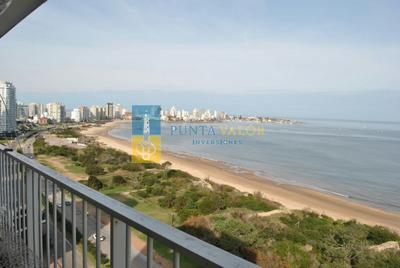 Orden De Venta! Apartamento En Primera Linea Con Vista Panorámica Al Mar.