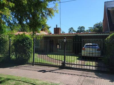 Alquiler Casa De 3 Dormitorios En Carrasco, Montevideo