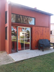 Casa De Alquiler En Punta Fria (maldonado)