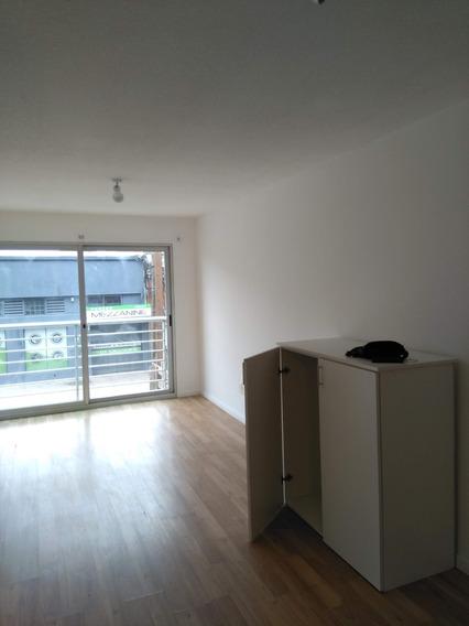 Oportunidad!!! 1 Dormitorio Con Garaje Gym Barbacoa Lavadero