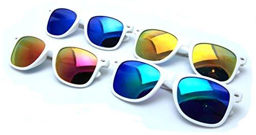 f6392c798f Vw Eyewear 4 Pares De Gafas De Sol Blancas Y Clásicas Rev