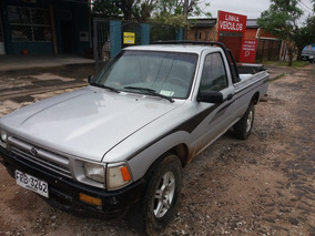 Toyota Pickup 2.4 . Año 92 . Impecable . Muy Economica