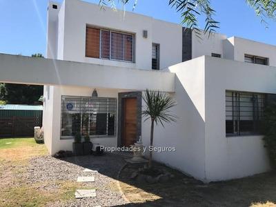 Se Vende Casa En Solymar Sur /3 Dormitorios, 2 B Y Piscina