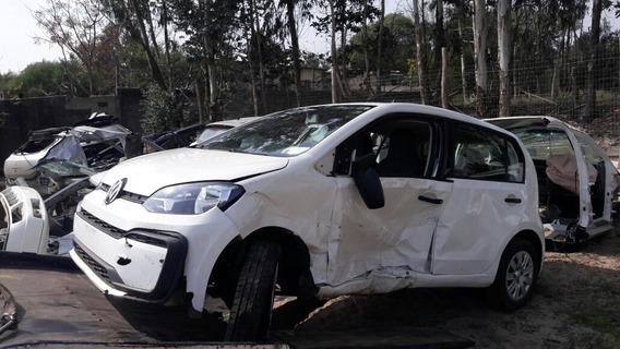 Volkswagen Up! 1.0 Black Up! 75cv 2018