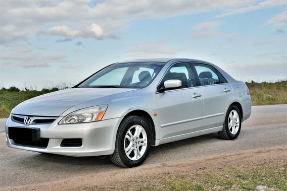 Honda Accord - Muy Buen Estado