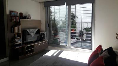 Loft Ph Independiente En Pocitos Con Parrillero 1 Dormitorio