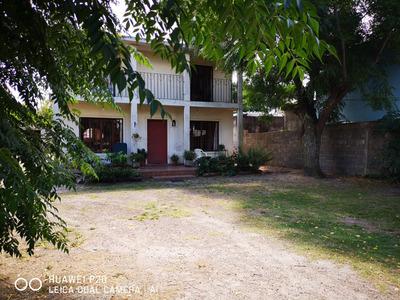 Gran Casa 4 Dorm 2 Baños Esc. G/living Y Comedor Y Barbacoa