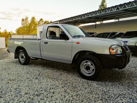 Nissan Frontier C/aire (permuto)