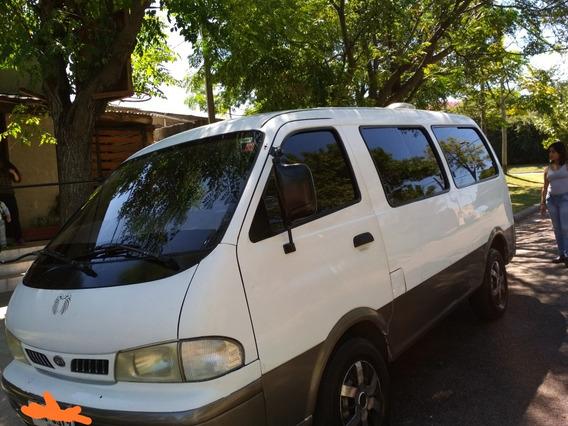 Kia Pregio 2.7 D Minibus 2001