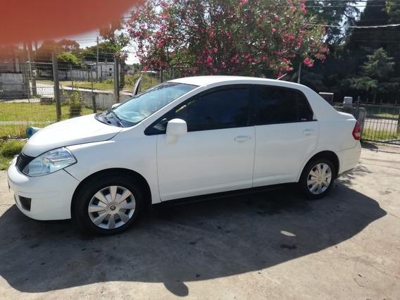 Nissan Tiida 1.8 Sedan