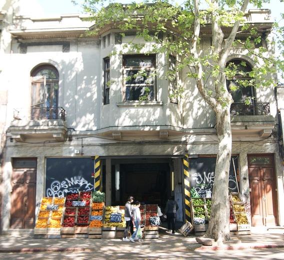 Aquiles Lanza Dos Casas Y Un Local Comercial