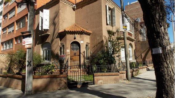 Casa De Estilo Art -deco. Berro Y Zudáñez. 360 M2. Arq.rodie