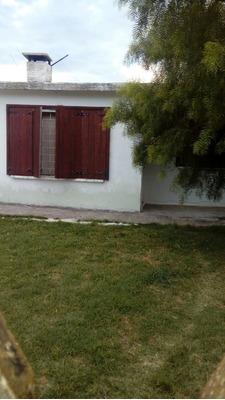 Casa En Sebastopol Y Arechaga U$s63000