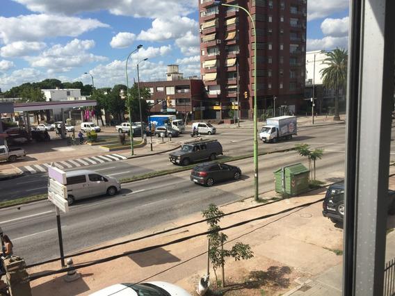 Oportunidad En Bulevar Artigas Y Avenida Millán
