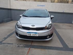 Kia Rio Sedan Sedán