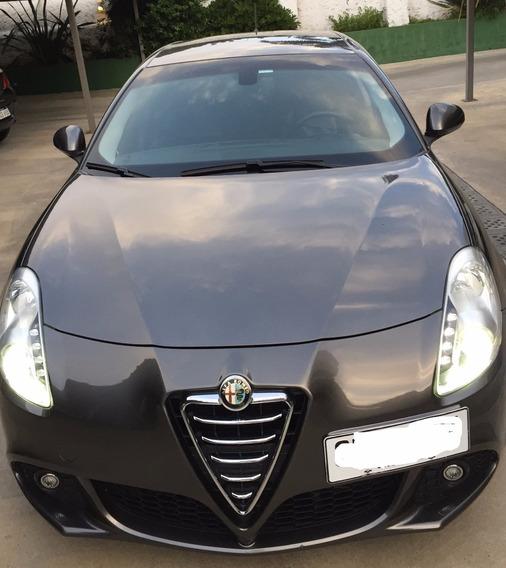 Alfa Romeo Giulietta 1.4 Turbo Cuero Italiano Único Dueño!