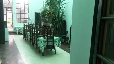 Casa Central - 373 M2, 6 Dorms, 3 Baños, Ideal Residencia!