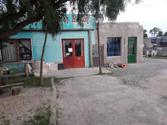 Vivienda Mas Amplio Local Comercial