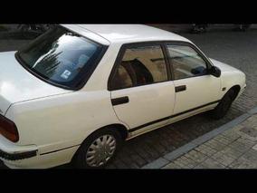Daihatsu Applause Sedan
