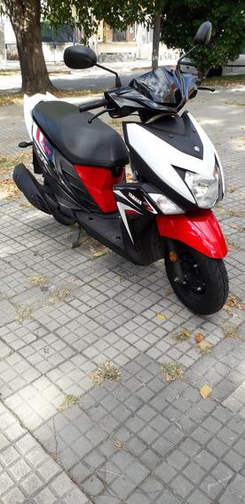 Vendo Moto Yamaha Ray Zr 2019