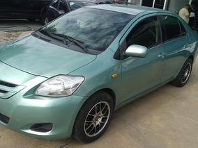 Toyota Yaris 1.5 Premium Sedan Mt 2011