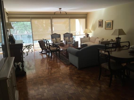 Apartamento 4 Dormitorios Y 4 Baños, A Una Cuadra De Rambla