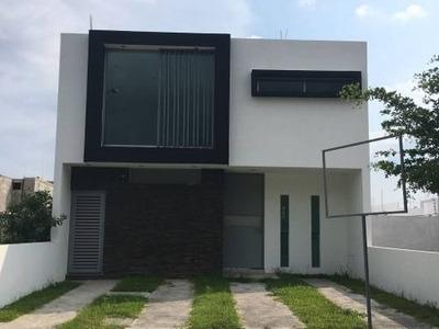 Casa Nueva En Venta En Víctor Manuel Cárdenas # 259 Residencial Rincón Del Colibrí Colima, Col.