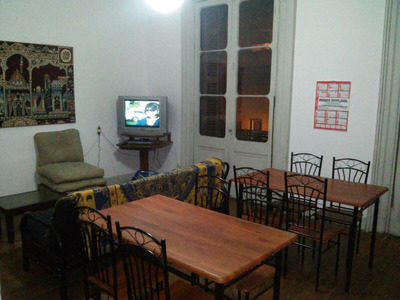 Residencia Estudiantil Masculina / Zonacentro