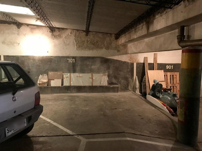 Garaje Único - Sarmiento Y 21 De Setiembre