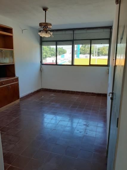 Apartamento Para Alquilar Con Frente A Rambla Fray Bentos