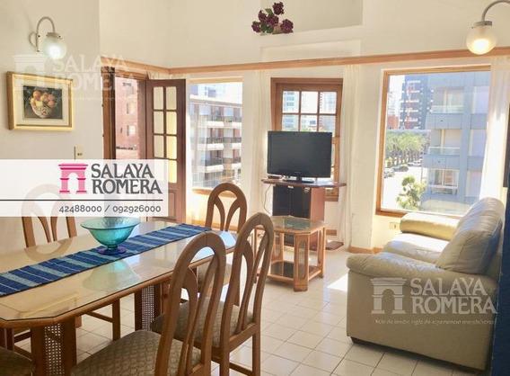 Venta Departamento En Peninsula, Punta Del Este, 2 Dormitorios, Garaje