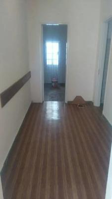 Alquiler Casa En Malvín Norte. 2 Dormitorios.