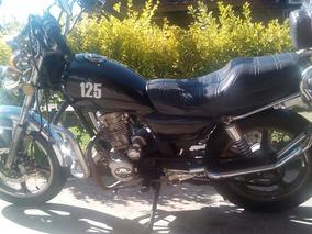 Vendo Moto Winner Exclusive Tipo Custom-50000 Kmts Impecable
