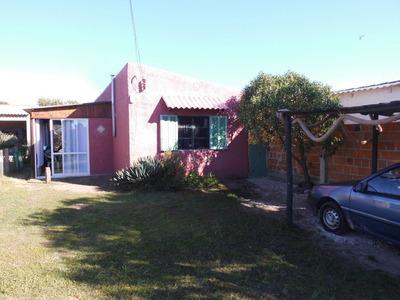 Casa En Balneario Hermenegildo A 30 Km Del Chuy (brasil)
