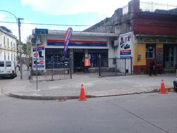 Local Comercial Larravide Y 8 De Octubre