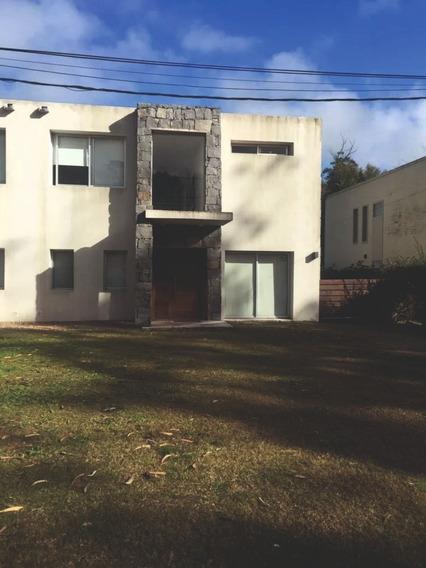 Moderna Casa En Punta Del Este