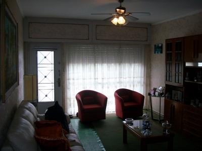 3 Dormitorios 2 Baños Estar Garaje 4 Autos Fondo
