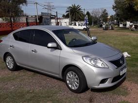 Nissan Versa Año 2013 Full Automático Al Día