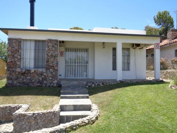 Alquilo Casa En Los Titanes A 50mts Del Mar Leer Descripción
