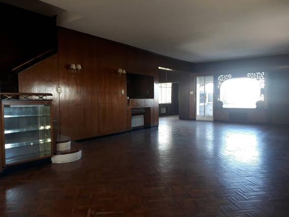 Apartamento Pocitos En Venta - Bulevar Artigas Apto
