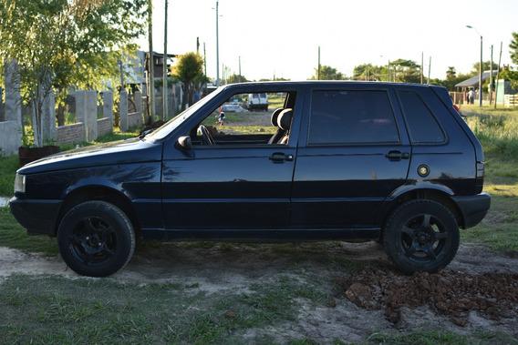 Fiat Uno Sedan Año 1998 U$s 4.500 Contado Titulos. Al Dia.