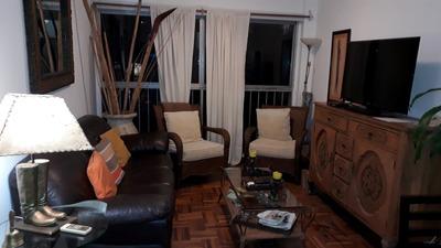 Venta Rambla Y Pza. Gomensoro 2 Dormitorios - Impecable.-